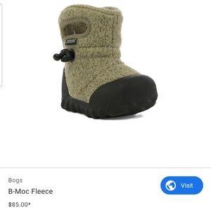 Bog B-Moc fleece boots kid sz 13 tan used unisex